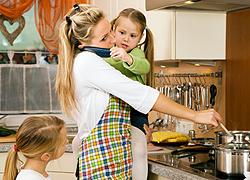 Kevés napi 24 óra az elfoglalt anyáknak