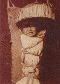 Apacs baba (1903-ból)