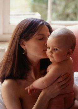 Újabb érv a természetes szülés mellett