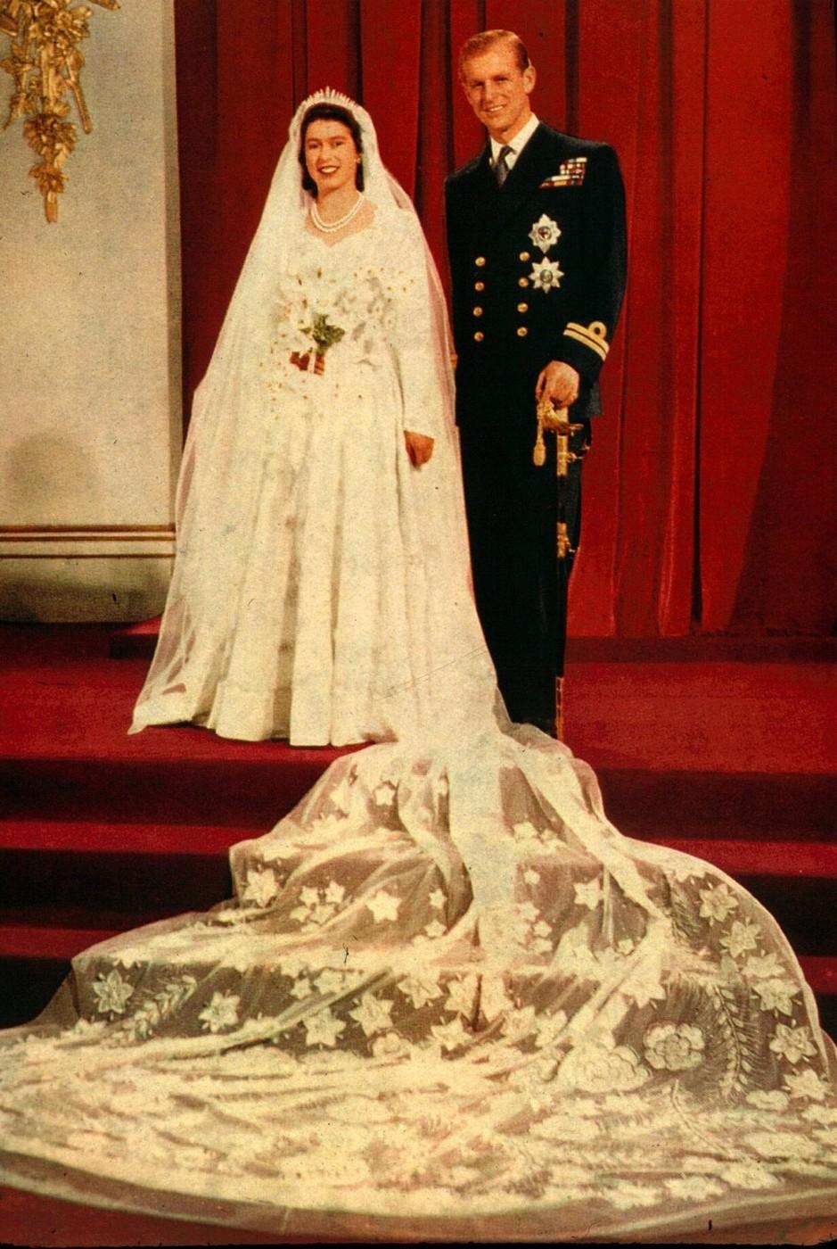 Melyik híresség viselte a világ legszebb esküvői ruháját   9ca2f2e4e4