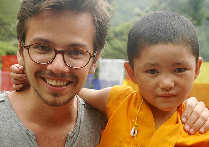 Dolma lányai: nepáli szerzetesnők magyar filmen