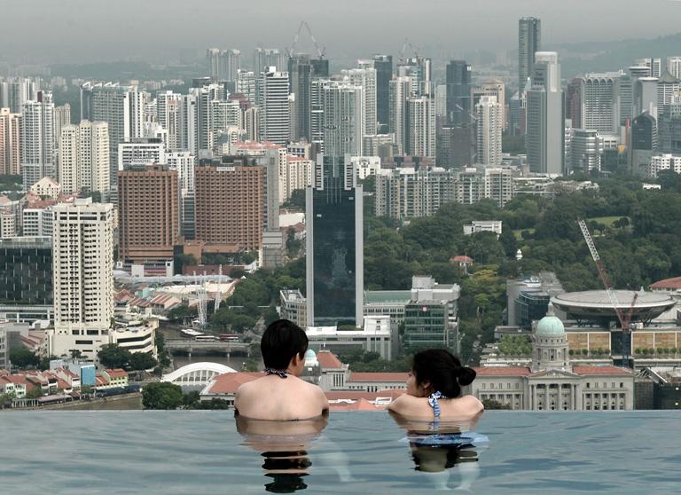 12 dolog amit nem gondolt l volna szingap rr l nlcaf - Albergo a singapore con piscina sul tetto ...
