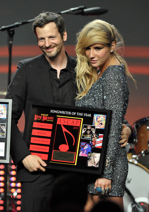 Dr. Luke producer és Kesha (Fotó: John Shearer/Getty Images)