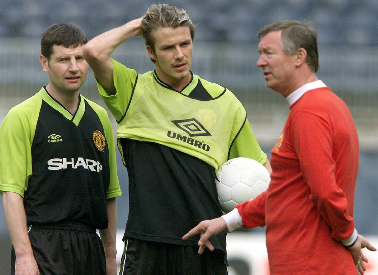 Denis Irwin, David Beckham és Sir Alex Ferguson