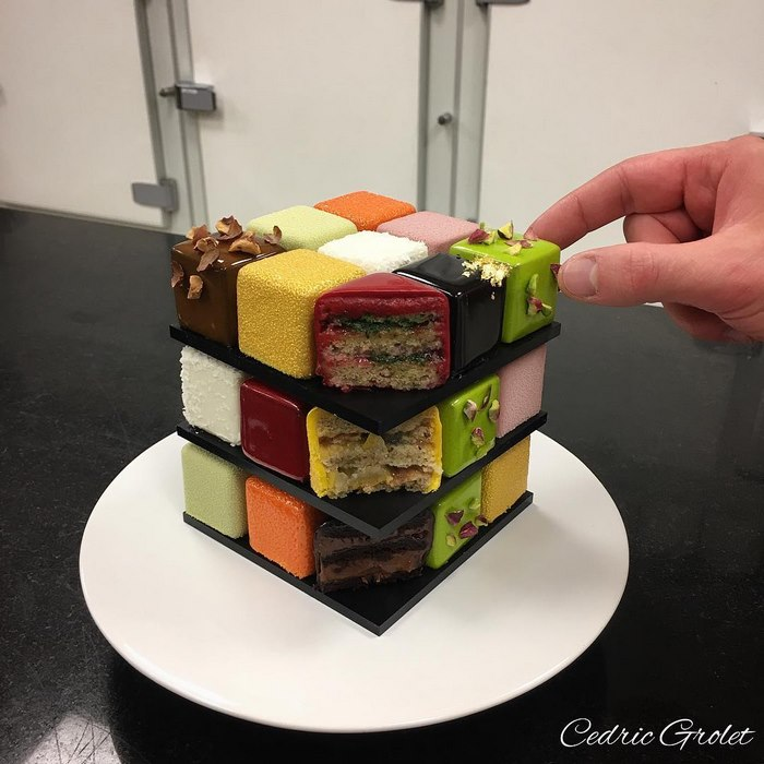 An amazing Rubik cube is made by a French confectioner