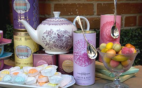 Mennyei sütemények, kávék, teák, lekvárok álomszép csomagolásban