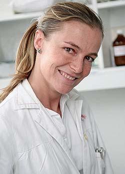 Dr. Magenheim Rita