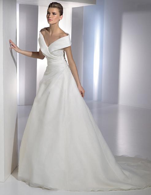 4bac8003cf Válassz az alkatodhoz illő menyasszonyi ruhát | nlc